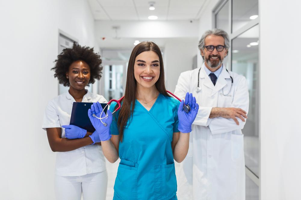 medical linen uniform service 2021